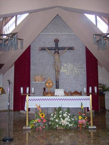 chapel81