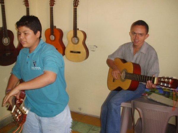 Season II Cal-Pipil Guitar Classes